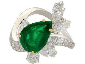 antique 3.23 ct Emerald and 3.91 ct Diamond, Platinum Dress Ring