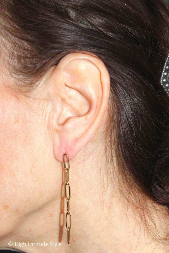 14 K chain drop earring