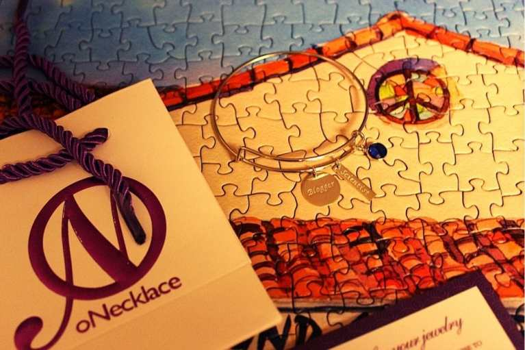 oNecklace has great personalized gift options (charm bangle review)
