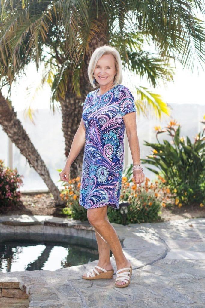 Darlene of Aquamarine style in turquoise paisley dress