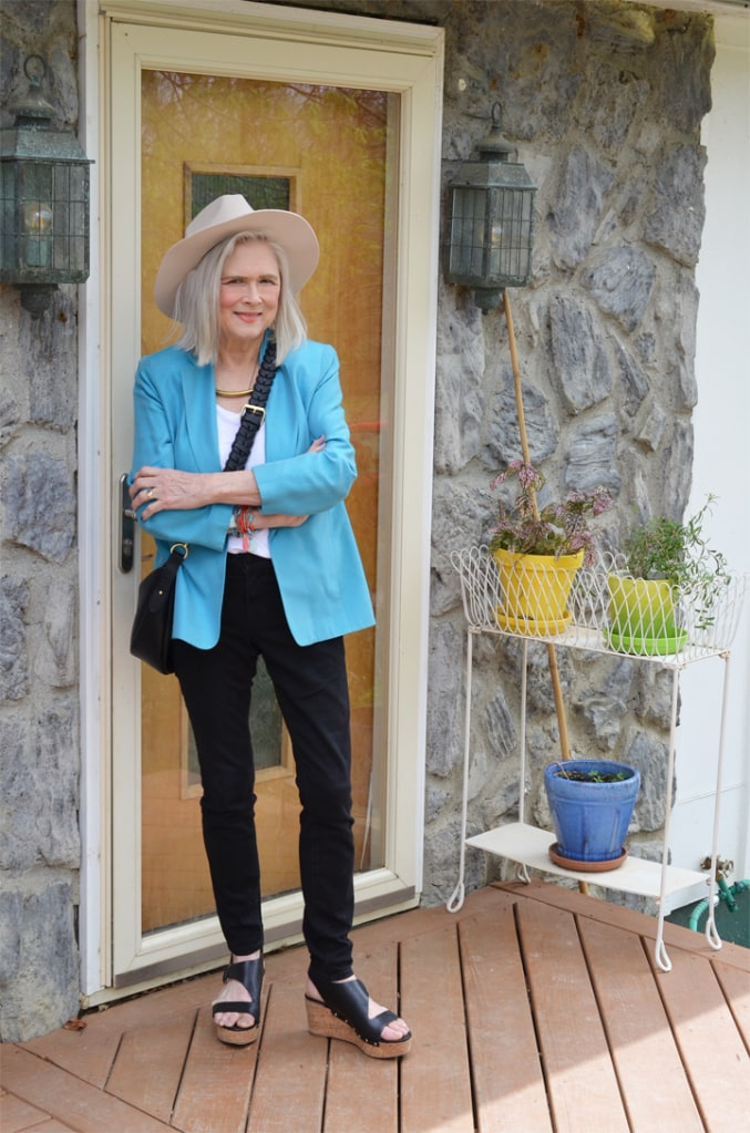 Terri of Meadow Tree Style in turquoise blazer and black pants
