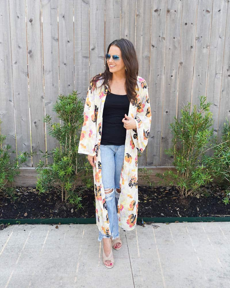 Karen Kolcich of Lady in violet in ripped jeans, kimono and T-shirt