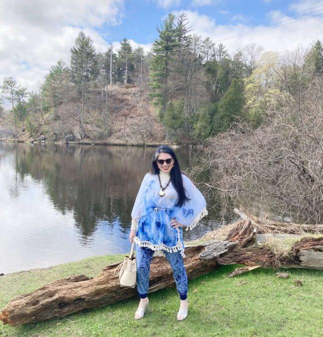 Readers' fav Shelbee in tie dye top , joggings