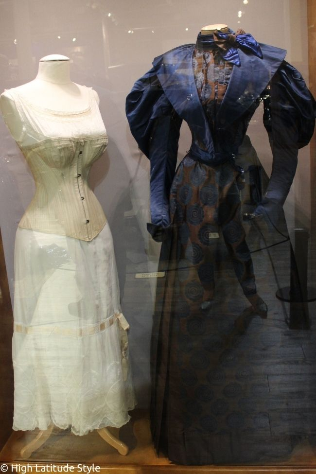 underskirt, corset and dress with hourglass shape