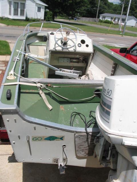 18 FT STARCRAFT CENTER CONSOLE ALUMINUM FISHING BOAT 90
