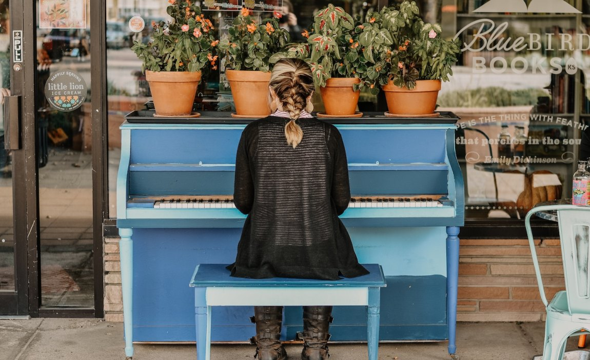 A highly sensitive person plays the piano.