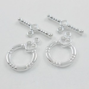two-heart-toggle-clasp-silver-plated