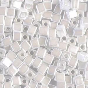 4mm Cubes