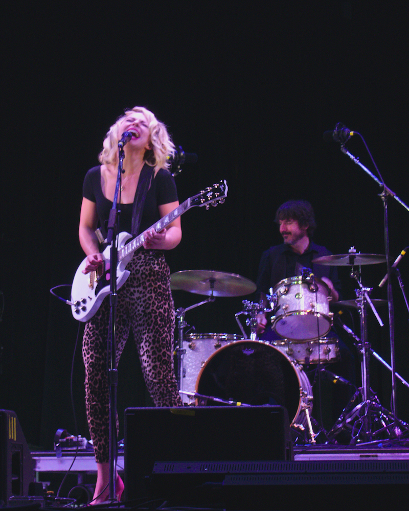 Samantha Fish performs Friday night on the Martin Guitar Main Stage at the 56th annual Philadelphia Folk Festival (The High Note/ Shaun R. Smith).
