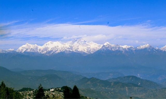 The view of Kanchendzonga from Tiger Hill is a mesmerizing sight to witness