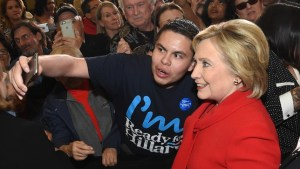 hillaryclintonselfie_021416getty