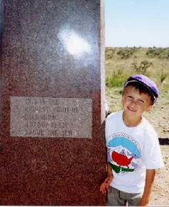 Youngest Summiter Steven Tkach (6 1/2) during the Highpointers 2002 Convention at Black Mesa, Oklahoma
