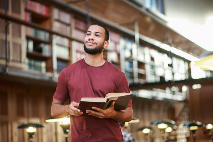 Formación gratuita para futuros maestros de Lengua Española y Literatura