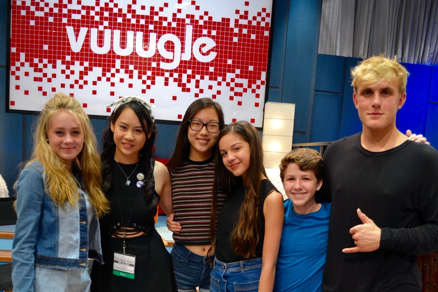 Video On Set Interview With The Cast Of Disney Channel S Bizaardvark Hs Insider