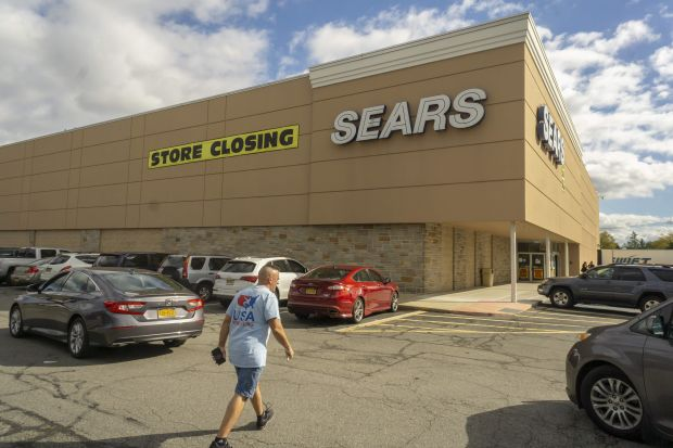 Opinion: Are brick-and-mortar retailers dying?