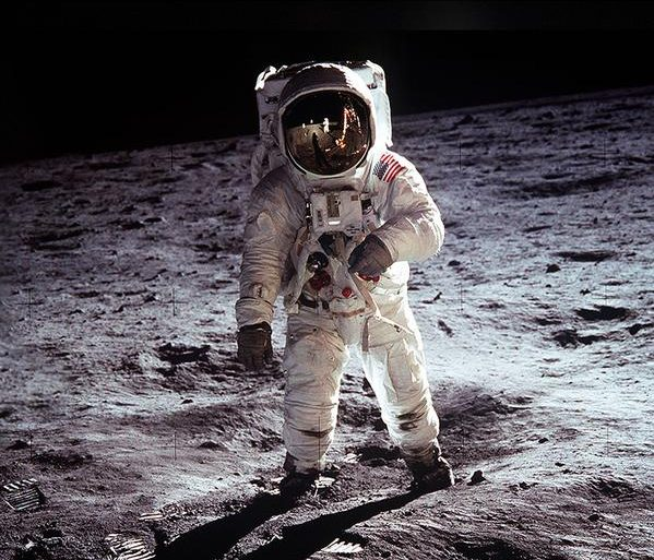Interview with Emmy Award-winning director Tom Jennings and Poppy Northcutt from Nat Geo's 'Apollo: Missions to the Moon'