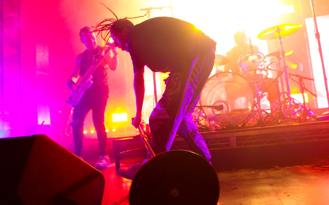 Concert Review: Chase Atlantic lights up the Regent Theater in Los Angeles