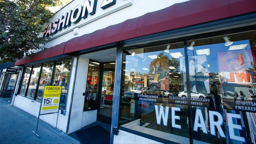 Opinion: Avoid fast fashion to help the environment