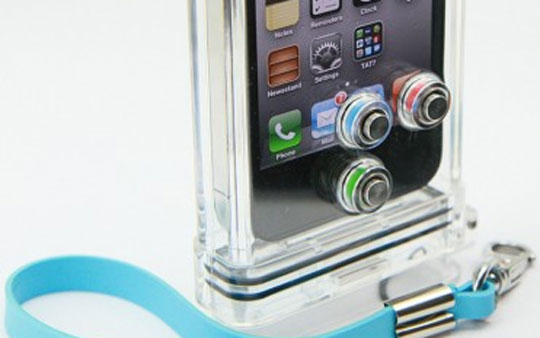 waterproof iphone case underwater camera iPhone Waterproof Case   Keeps Your Camera Clicking Under Water