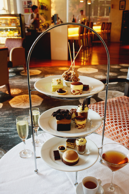 Shangri-La Hotel's Wickedly Sweet High Tea