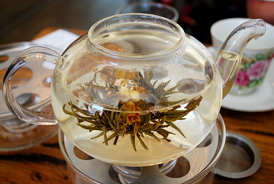 Blossoming tea blend