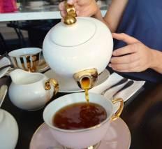 Cristina Re Tea Pot
