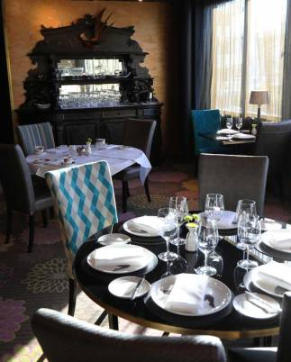 High Tea at the Hippopotamus Restaurant, QT Museum Hotel