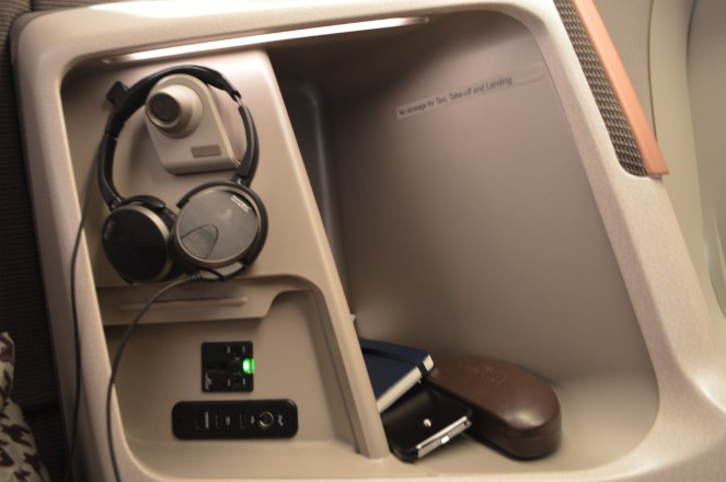 Ample storage space, connectivity ports and headphone rack