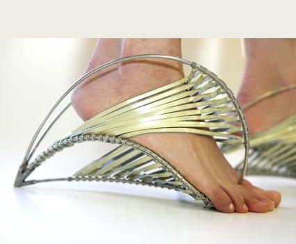 Sapatos! Naomi Hertz