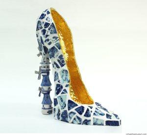 Sapatos! Windmill by Joyce de Grutier