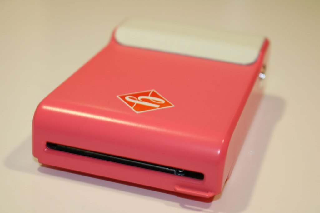 Prynt. A impressora que transforma o smartphone numa câmara instantânea