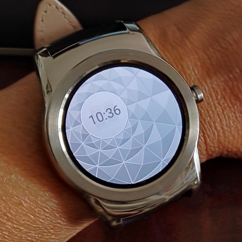 Mostrador BCBG (modo ativo) no smartwatch LG Watch Urbane