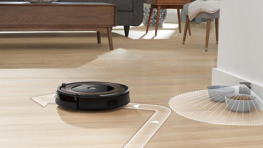 Robô aspirador Roomba 896, da iRobot
