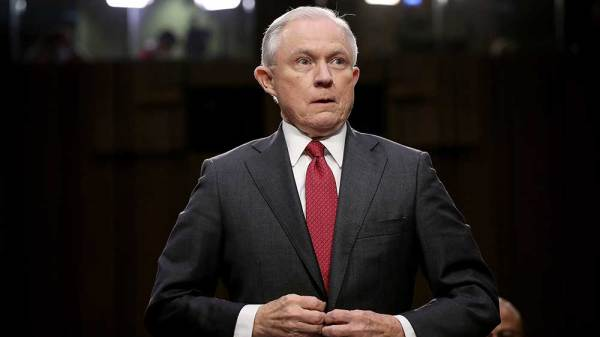 BREAKING: Jeff Sessions Resigns as Attorney General
