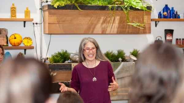 Mobilizing Women to Move Marijuana Mainstream