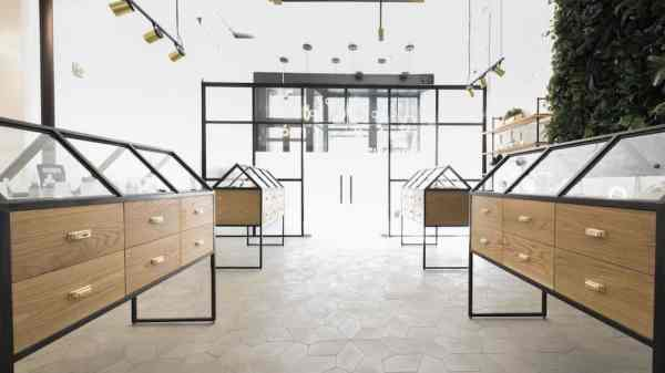 Classing Up Cannabis: The Great Dispensary Design