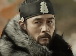 Choi Min Soo as King Sukjong