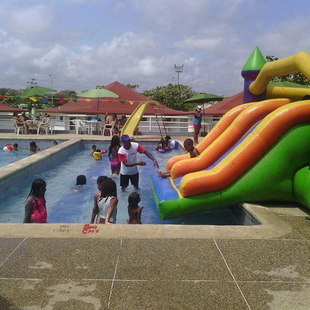 incretsol_piscina_ninos_higueroteonline