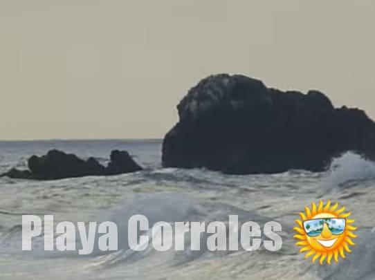playa-corrales_roca_higueroteonline