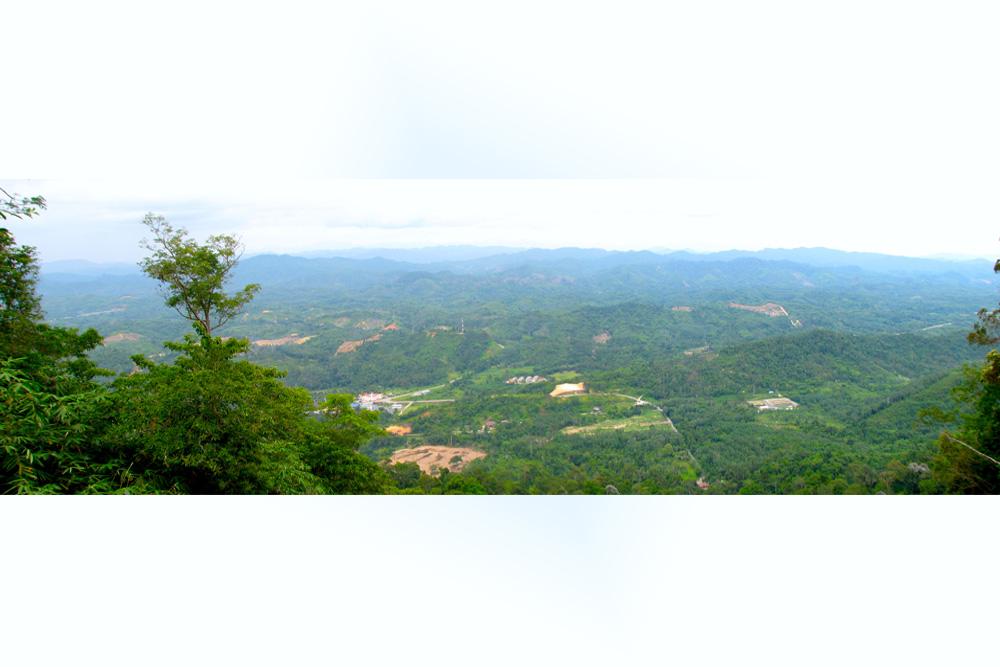 Gunung Stong - Gunung Ayam - Gunung Baha