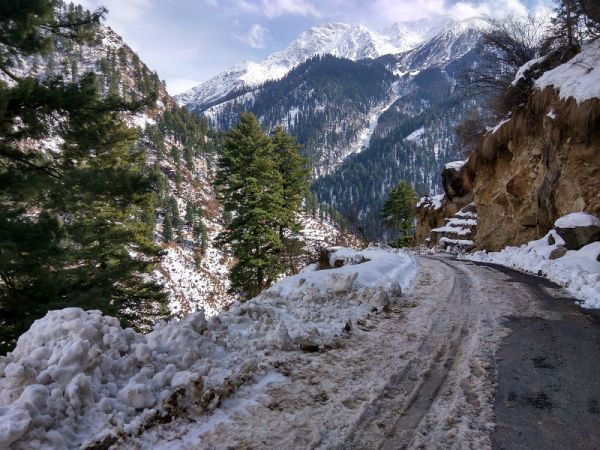 how-to-reach-Tosh-Village-Parvati-barshaini-hikesdaddy