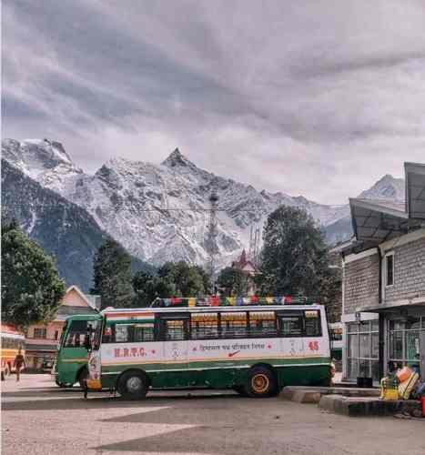 Manali-Spiti-reckongpeo-hrtc-Bus-hikesdaddy