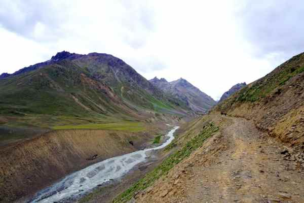 Mudh-Pin-valley-Spiti-hikesdaddy