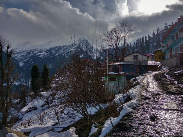 Tosh-winer-trek-hotel-stay-kasol