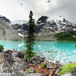 10 Hikes That Are Better Than Joffre Lakes