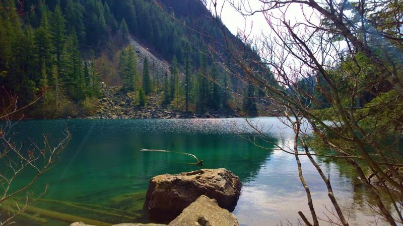 lindeman lake hiking trail, chilliwack lake provincial park, bc parks, hikes near vancouver, greendrop lake