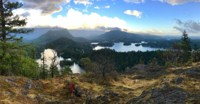 Pender Hill hike, Sunshine Coast hikes, Garden Bay Hikes, hikes near vancouver, winter hikes without snow, hikes with best views, short hike