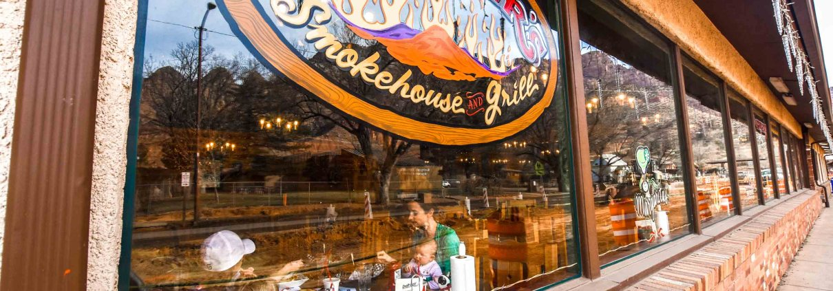 Porters Smokehouse and Grill in Springdale