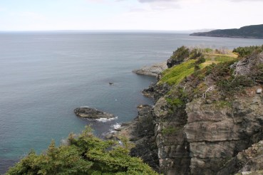 The trail starts with some spectacular cliffs.