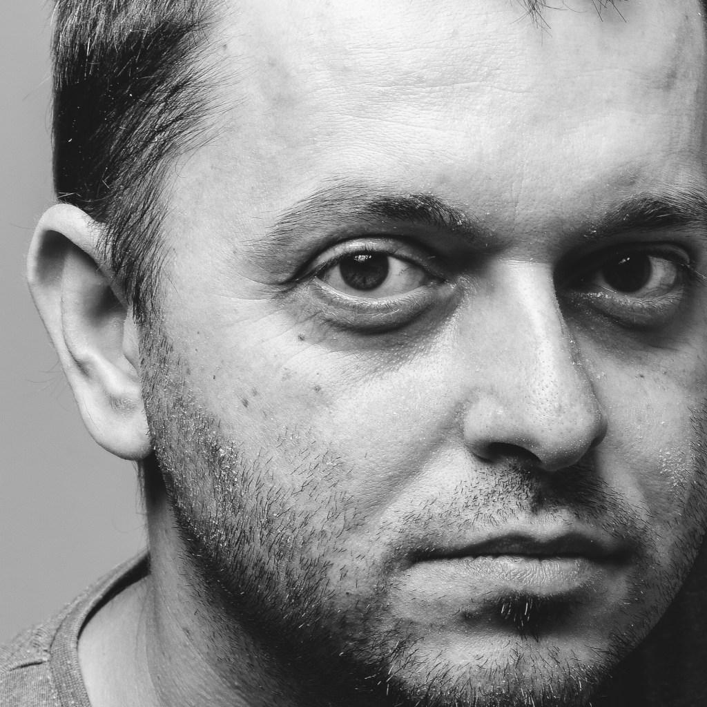 Daniel Ivașcu – project / graphic / web design